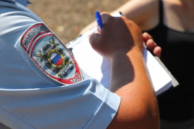 Полицейские устанавливают обстоятельства произошедшего.