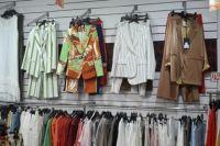 Открывать новые магазины одежды и обуви также стало проблематично. Цены на стройматериалы взлетели на 40%, из-за чего бизнесменам стало накладно арендовать новые точки и делать там ремонт.