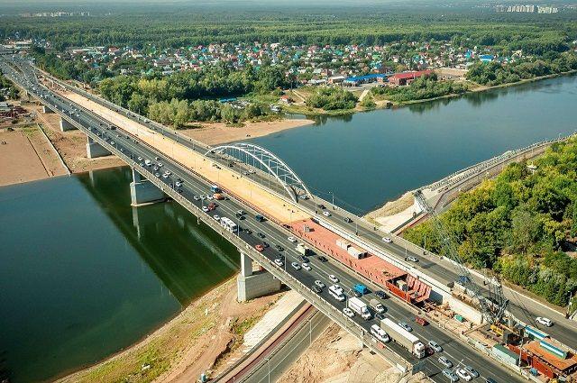На мосту через Белую в районе Монумента Дружбы в Уфе заменят асфальт