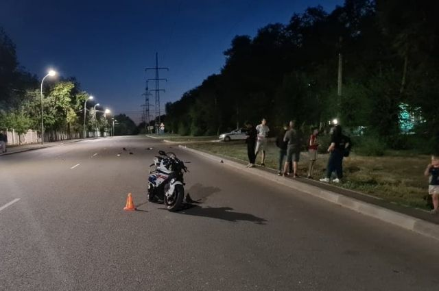 В Оренбурге мотоцикл BMW сбил 11-летнего велосипедиста.