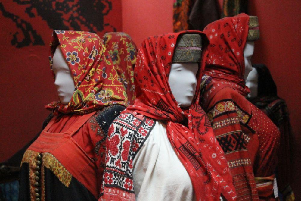 Выставка костюма Бобровского уезда «Народный. Нарядный. Обрядовый»