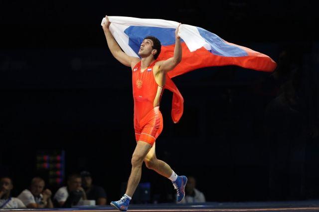 «Представлял, что завоёвываю золото, а потом бегаю по ковру и ликую» - так говорил чемпион ОИ Заурбек Сидаков.
