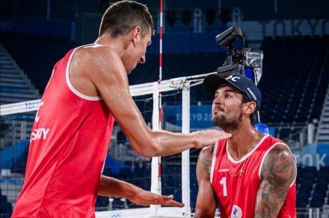 В этом году на Олимпиаде в Токио российские спортсмены получили первую для страны медаль в пляжном волейболе.