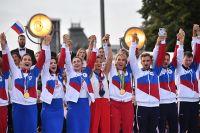Российские спортсмены, члены сборной России (команда ОКР) на концерте в честь российских спортсменов, выступавших на XXXII летних Олимпийских играх в Токио, на Красной площади в Москве.