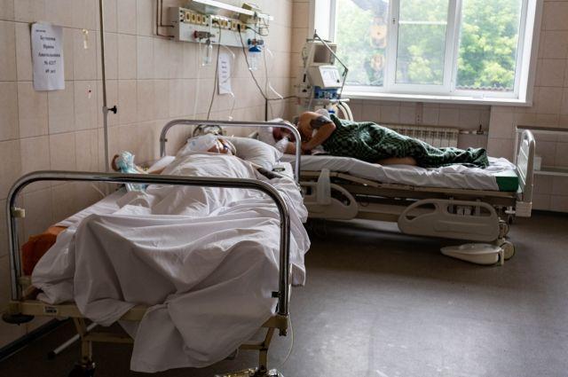 В Новосибирске стало больше тяжелобольных COVID-19.
