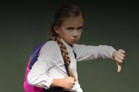 В школу в скафандре: Роскачество предупредило о небезопасной школьной форме