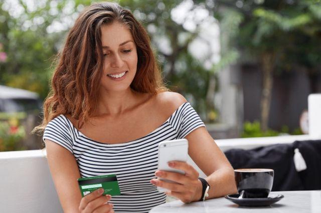 Открыть и пополнять счет можно быстро и удобно в дистанционных каналах обслуживания Интернет-банк и Мобильный банк РСХБ.