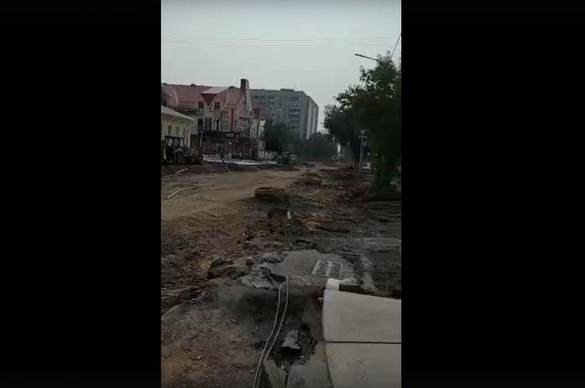 Ремонт улицы Володарского в Оренбурге может стать головной болью для студентов.
