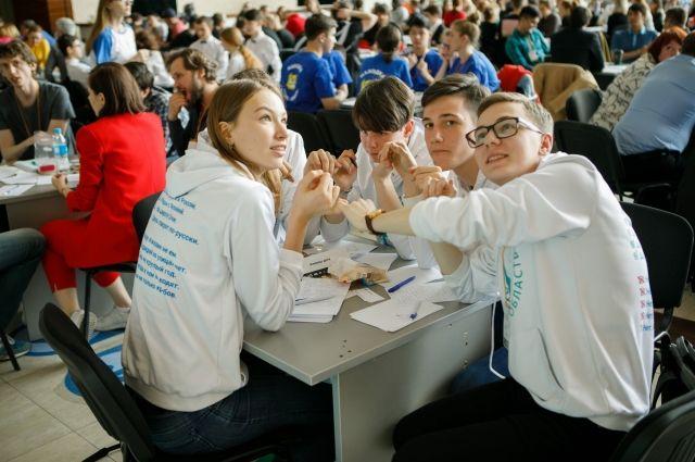 Две южно-сахалинские команды одержали победу на Кубке ДВФО по интеллектуальным играм во Владивостоке.