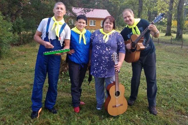 Солисты «Зелёной лампы» – романтики и альтруисты, концерты дают бесплатно.