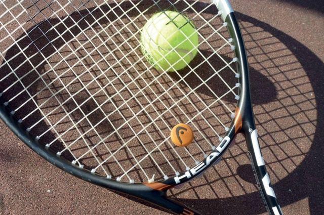 С каждым годом у нас прибавляются желающие заняться теннисом.