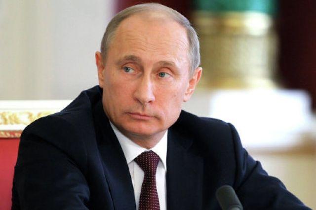 Путин поручил оценить ущерб от природных пожаров в регионах