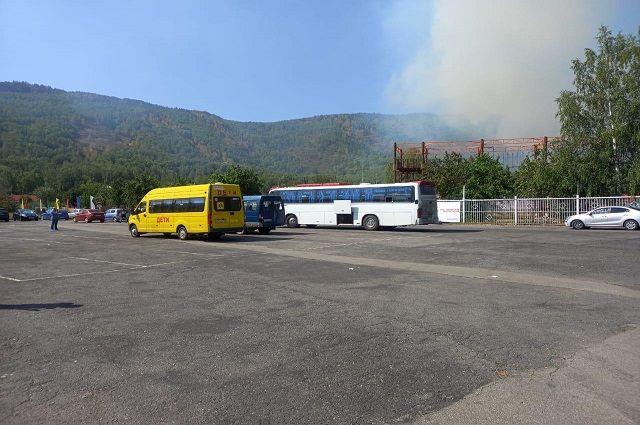 Из-за лесного пожара в Башкирии эвакуировали детский лагерь