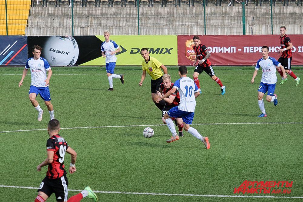 Футбольный матч «Амкар Пермь» – «Лада-Тольятти» в Перми.