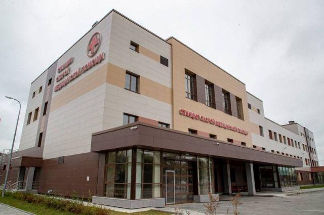 Новое просторное здание площадью 13 тыс. кв. метров на улице Бумажной строили более двух лет.