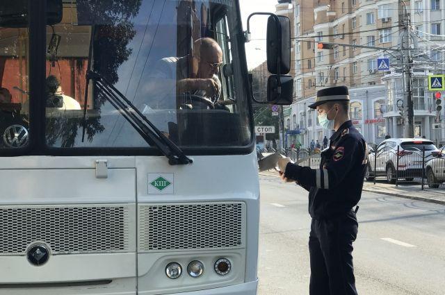 Инспекторы ГИБДД могут только визуально осмотреть автобус, но не проверить его исправность.