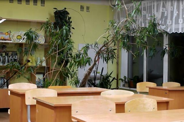 Школа в селе Ибрагимово снова встретит 1 сентября с дырявой крышей.