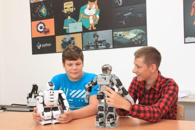 Сельские ребята из Городищенского района теперь с удовольствием осваивают робототехнику.