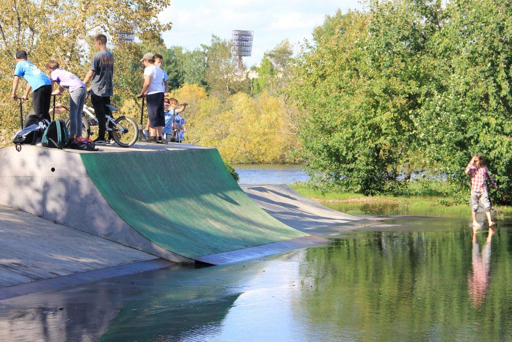 Скейт-парк превратился в аквапарк