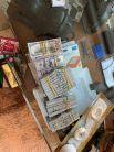 Дома у мужчины оперативники нашли толстые пачки иностранной валюты