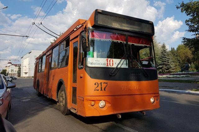В Оренбурге из-за ремонта изменилась схема движения маршрутов №2 и №12.