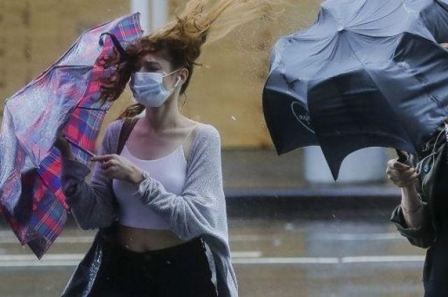 Грозы и шквалы: в Украине на завтра объявлено штормовое предупреждение.