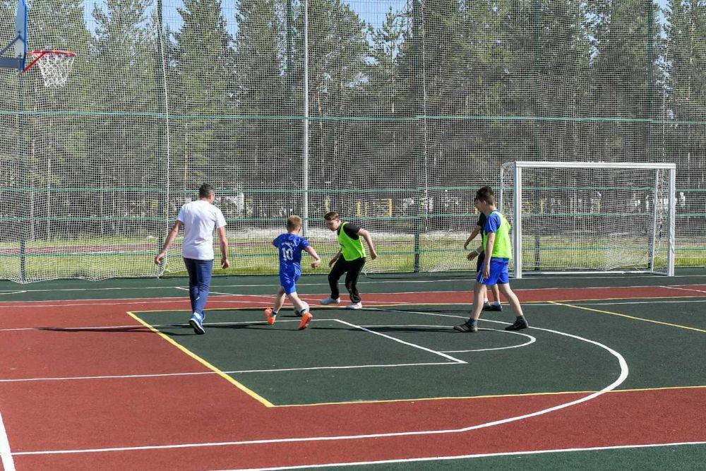 Спортплощадку около первой школы, Пурпе, 2021.