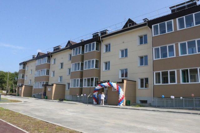 В новом доме, строительство которого велось полтора года, разместилось 36 двухкомнатных квартир.