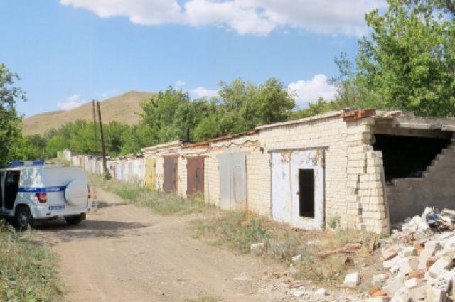 Ранее судимый житель Кувандыка разобрал гараж и украл мотоцикл.