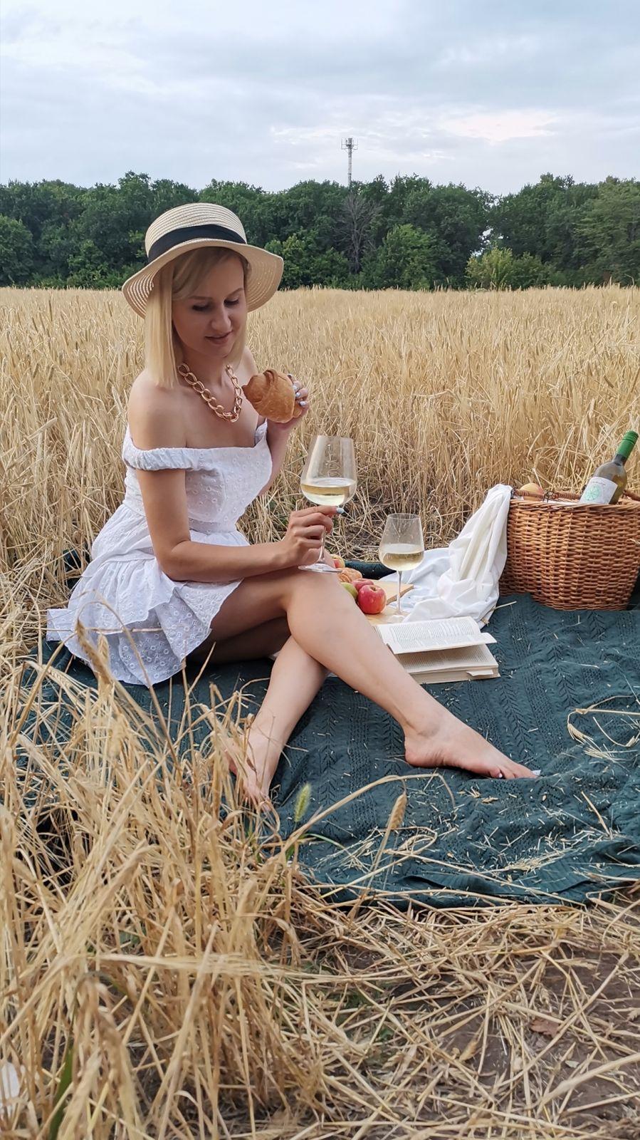 Пшеничное поле в Центральном районе Воронежа.