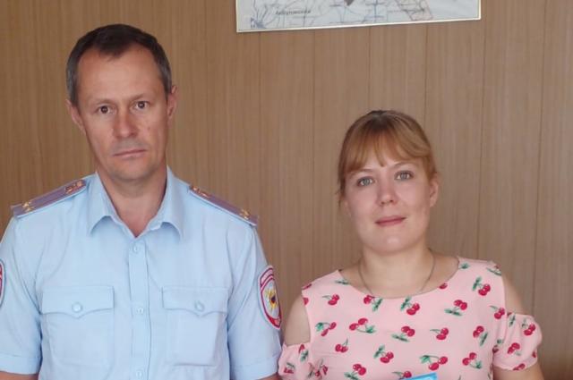 Продавец из Беляевского района получила благодарственное письмо за возвращение покупателю забытого кошелька.