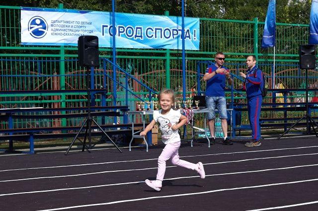 В соревнованиях принимали участие даже самые маленькие спортсмены.