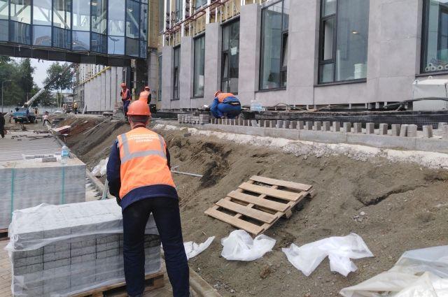 Студенты строили юбилейные объекты Кузбасса.