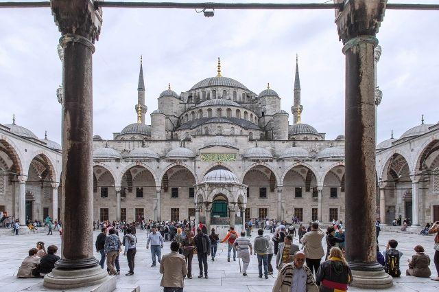 Перенесшая коронавирус оренбурженка отсудила у туроператора деньги, уплаченные за поездку в Турцию.