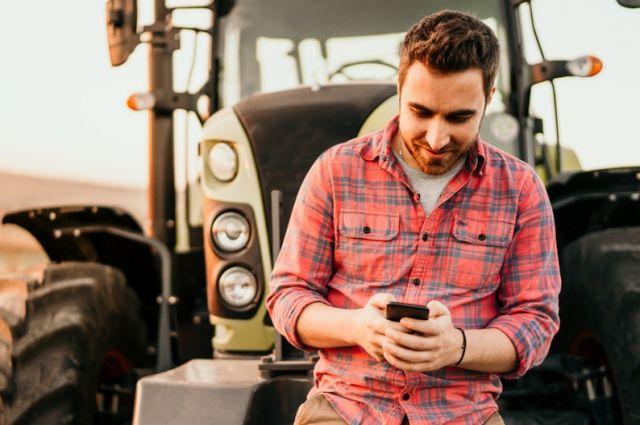 Россельхозбанк рассказал о растущей роли технических навыков на рынке профессий АПК.