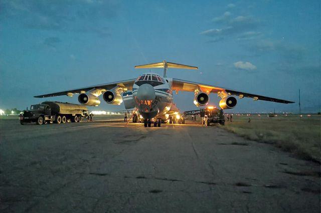 Грузовой самолет Ил-76МД во время эвакуации граждан РФ из Афганистана.