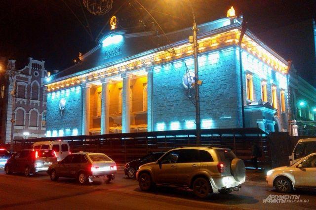 К театру пристроят еще два здания.