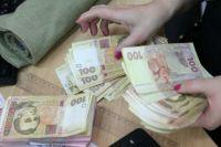 Средняя зарплата в Украине выросла до нового максимума: подробности