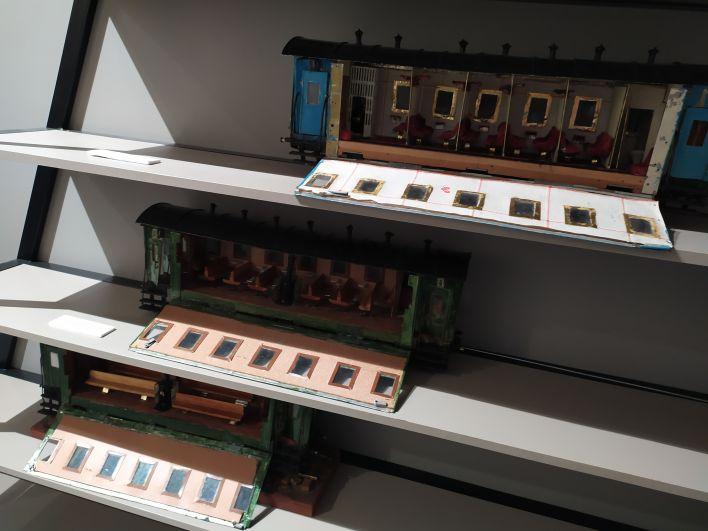 Макеты поездов, созданные Владимиром Макаровым еще для старого музея. Они перекочевали и в новую экспозицию.
