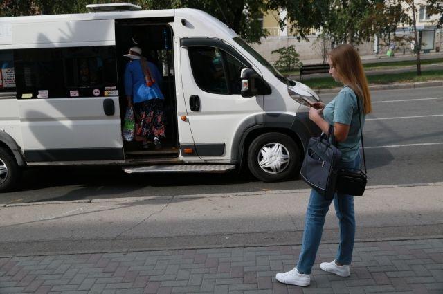 Стоимость проезда на междугородних автобусах в Оренбургской области с 1 сентября вырастет на пять рублей.