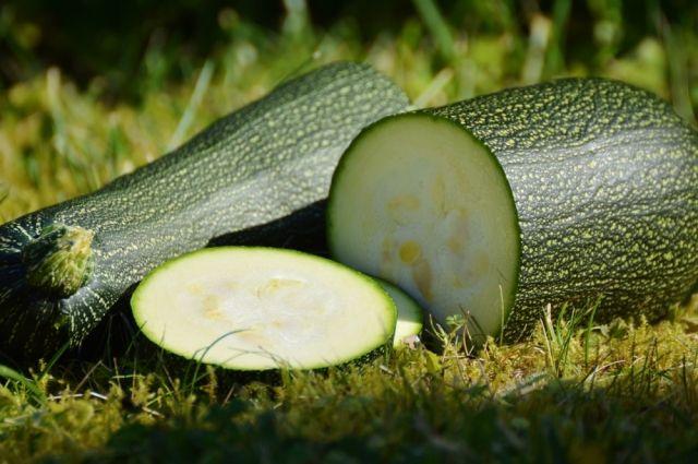 Одни из самых популярных овощей лета - кабачки.
