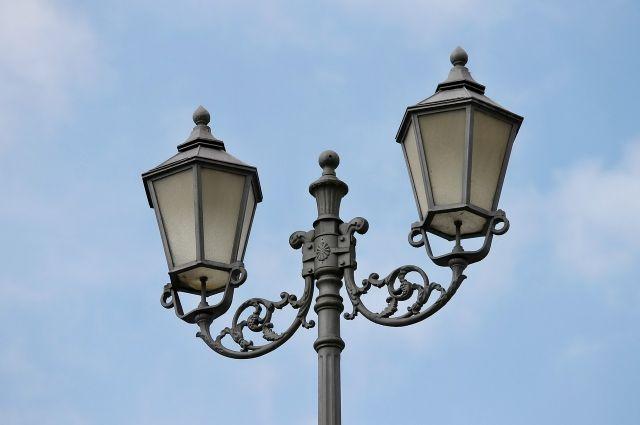 Оренбургский филиал ООО «ЕЭС-Гарант» модернизирует уличное освещение Новотроицка.