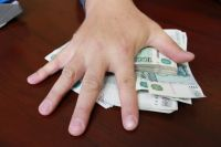 В Оренбурге руководство ООО «Зернопром-М» задолжало работникам зарплату за три месяца.