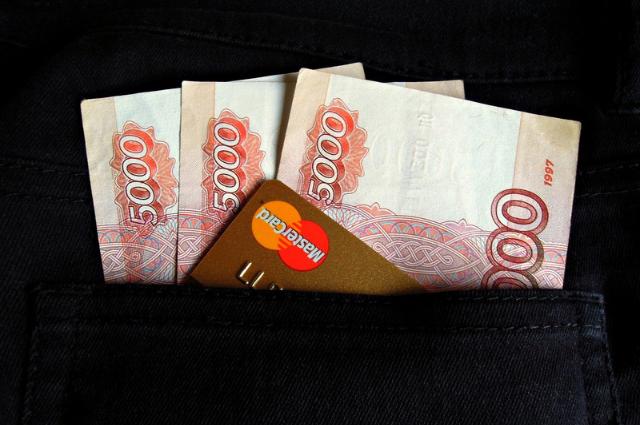 В Оренбургской области задержанный за распространение наркотиков пытался откупиться от наказания крупной суммой денег.