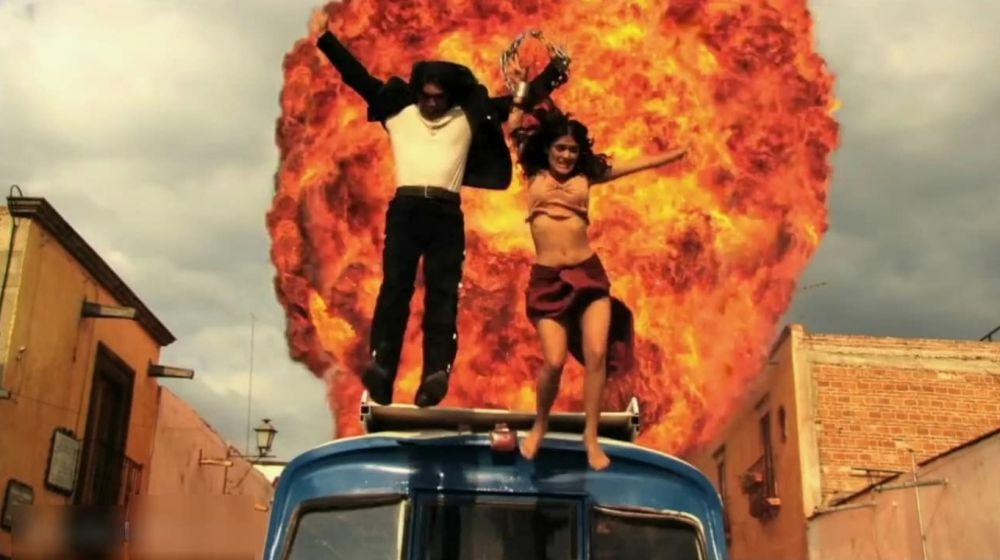 Сальма Хайек в роли Каролины («Однажды в Мексике», 2003 год)