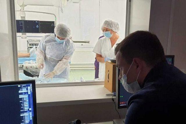 Мощность клиники – до 200 операций и до 400 диагностических коронароангиографий в год.