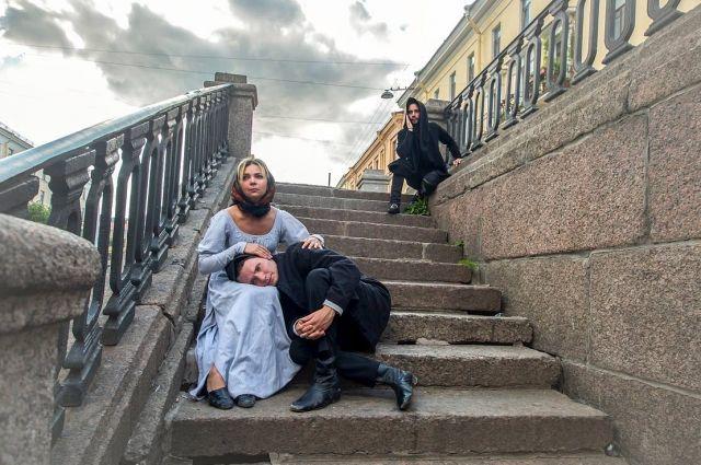 Поразительно, насколько атмосфера, описанная в «Преступлении и наказании», сохранилась в Петербурге до сих пор.