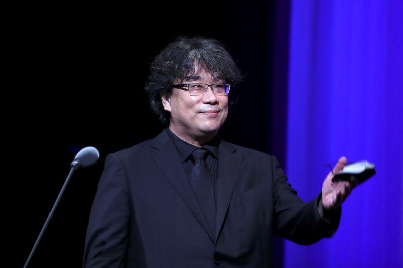 Председатель жюри 78-го Венецианского кинофестиваля южнокорейский режиссер Пон Чжун Хо на церемонии открытия Венецианского кинофестиваля