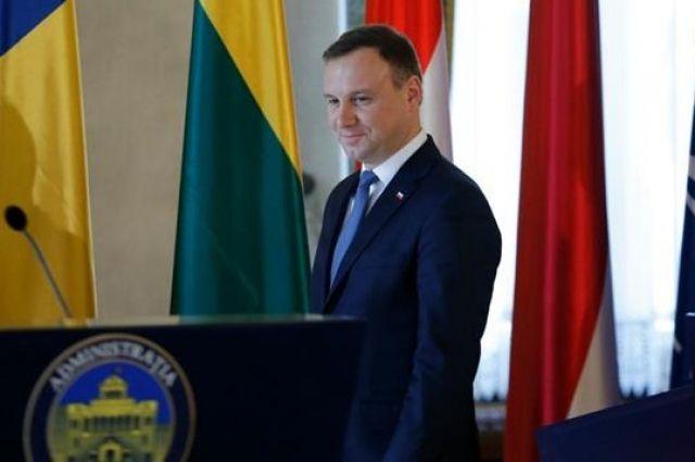 Президент Польши поддержал введение ЧП на границе с Беларусью