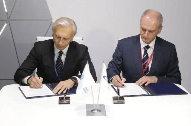 Газпром нефть и Совкомфлот упростят мореплавание по Севморпути